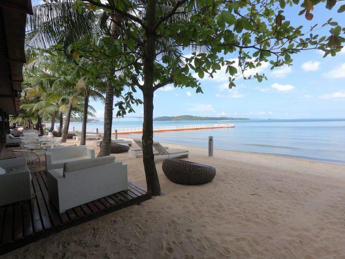 Queenco hotel & casinoのプライベートビーチプライベートビーチ